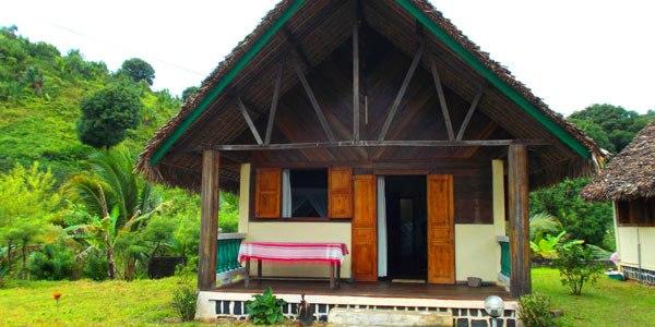 Atafondro lodge sainte marie bungalow exterieur