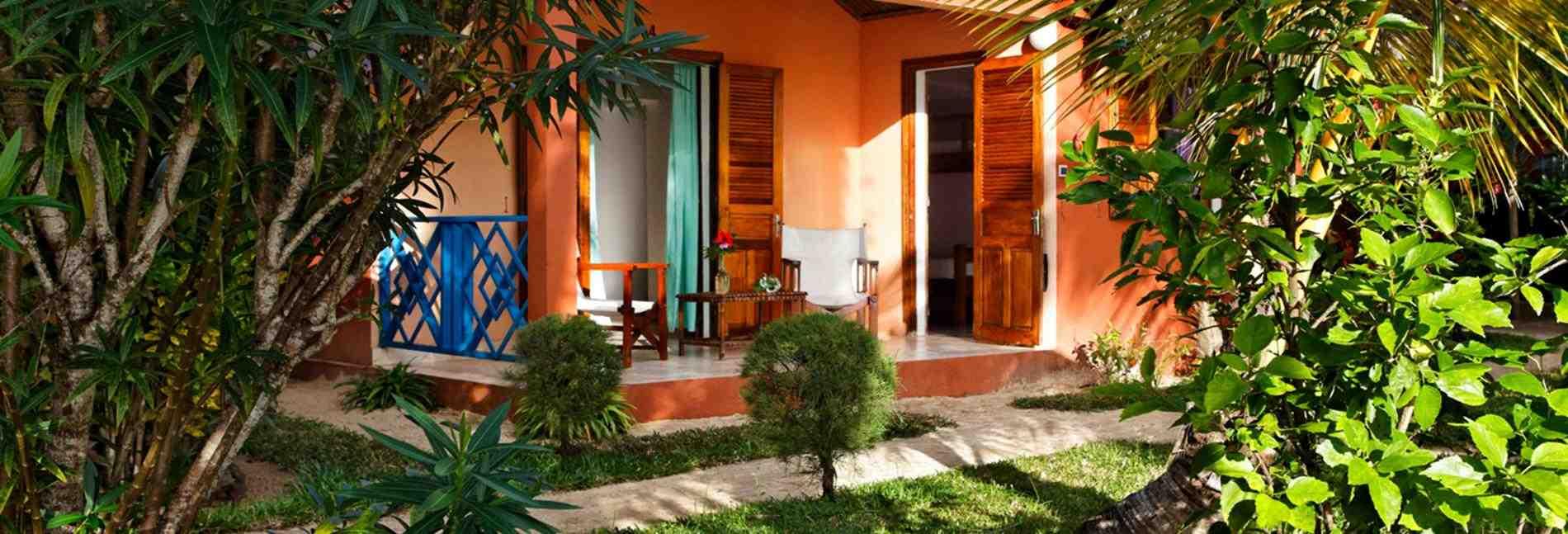 HÔTEL VANIVOLA, Hôtel de Charme à Sainte-Marie, bungalow de charme, bungalow familial, chambre terrasse, bungalow classic