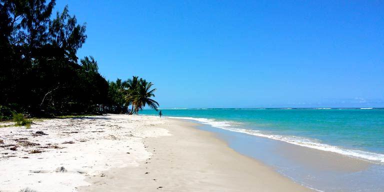 La plage ampanihy sainte marie 3