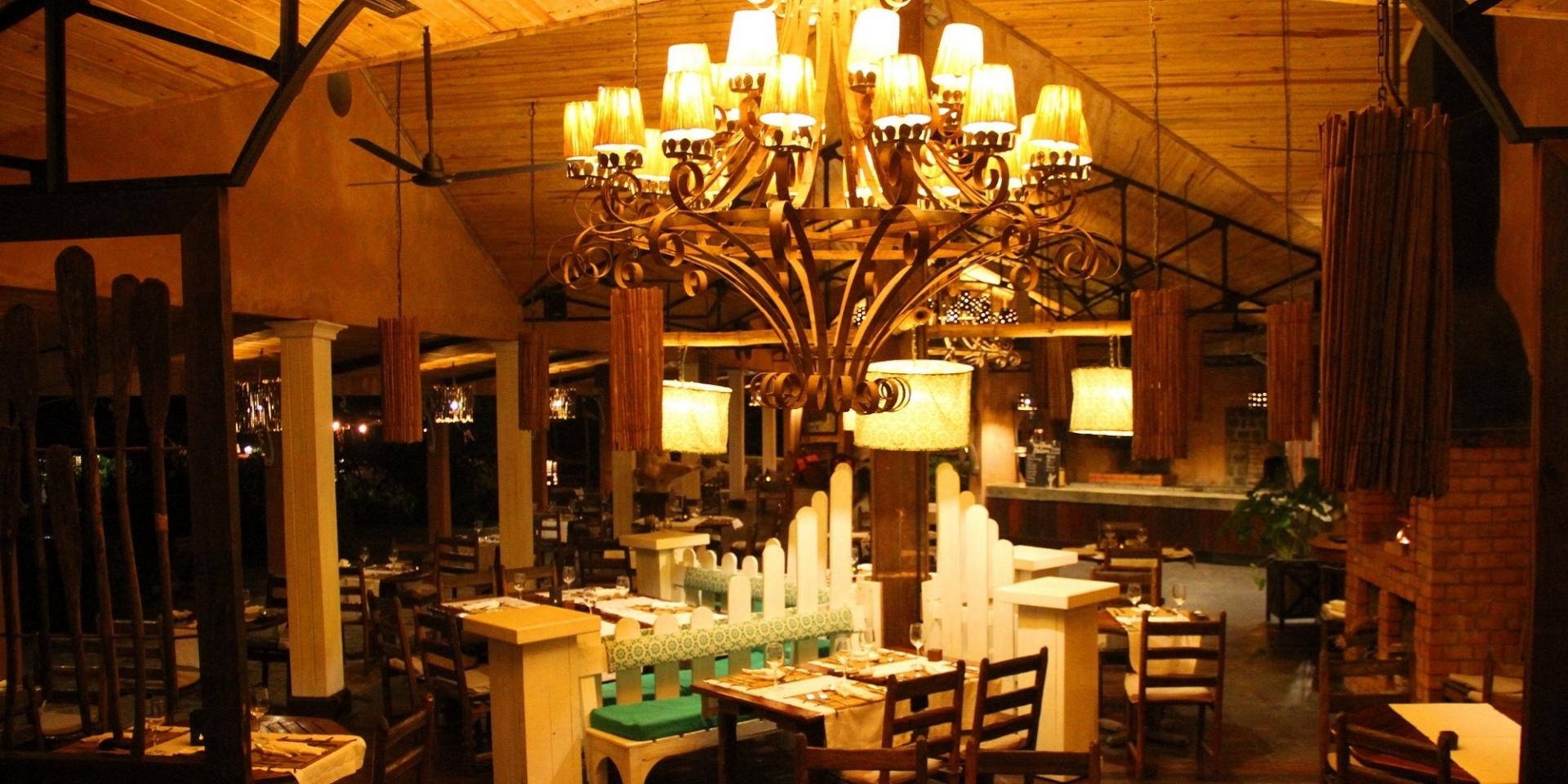 RESTAURANT PRINCESSE BORA LODGE